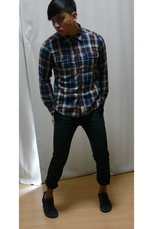 Gap shirt - grey hound pants - Zara shoes