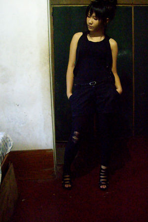 black top - black blazer - Parisian shoes - City Lady leggings - belt - Pretty i