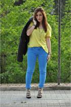 Sfera jacket - Zara pants - H&M t-shirt