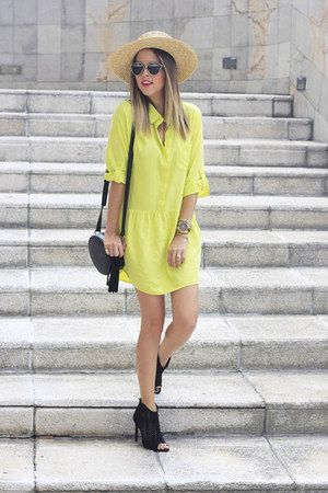 Butter dress - dior sunglasses
