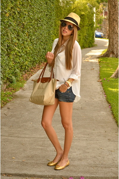 H&M blouse - Ray Ban shoes - Long Champ bag - Bershka shorts