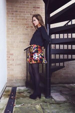 Raquel Zorraquin top - Raquel Zorraquin skirt
