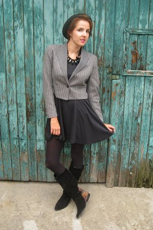 vintage blazer - thrifted dress - vintage boots - vintage necklace - H&amp;M hat