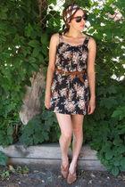 Ruche dress - vintage accessories - vintage shoes