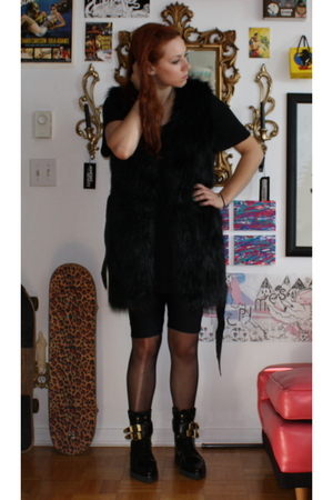 H&M vest - wilfred t-shirt - H&M - tights - Alexander Wang boots
