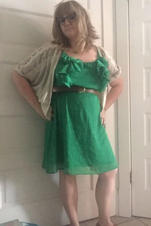green thrifted Old Navy dress - brown Forever 21 shoes - brown H&M belt