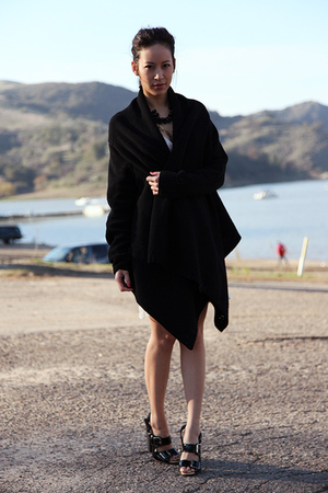 black shawl DKNY jacket - black Dries Van Noten shoes