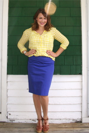 yellow Gap blouse - navy Loft skirt - dark brown Gap wedges