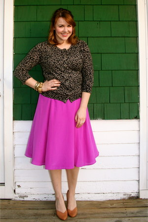 hot pink JCrew skirt - black Loft cardigan - tan Urban Outfitters heels