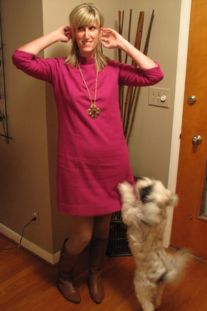 pink vintage dress - beige HUE tights - brown Steve Madden boots - gold Stella &
