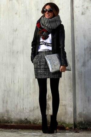 black Zara scarf - gray Mango skirt
