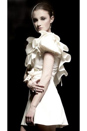 beige reddoll dress