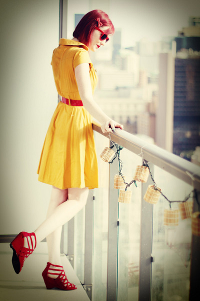 gold modcloth dress - red modcloth heels