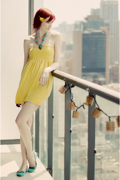 yellow empire waist H&M dress
