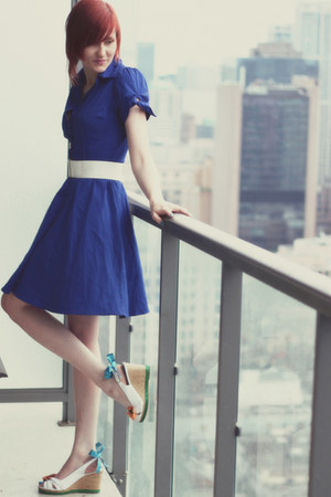 white custom shoes wedges - navy modcloth dress