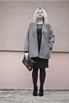 black deezee boots - heather gray second hand coat