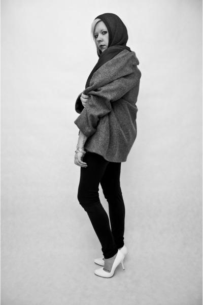 gray second hand coat - black Zara blouse