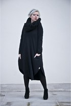 black anoi dress - black deezee boots