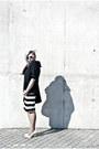 Off-white-agalospl-bag-dark-gray-zara-blouse