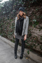 Zara t-shirt - Dolce Vita boots - Forever 21 coat - H&M hat - H&M scarf