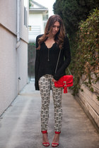 2020AVE sweater - Akira bag - Nasty Gal bra - 2020AVE necklace - Zara pants