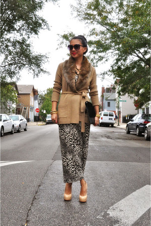 tj Designs accessories - leopard print Akira dress - faux fur Trina Turk sweater