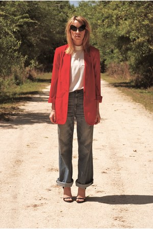 bright red blazer - wide leg H&amp;M jeans - alien eye sunglasses