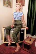 vintage blouse - safari vintage banana republic travel & safari pants - wedges
