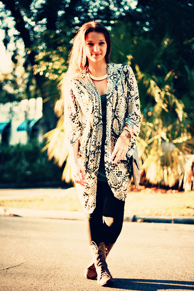 LA Made cardigan - Boutique 9 boots - Geren Ford top