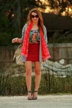Moschino scarf - Chloe sunglasses - Ellen Moss skirt - Lush top - Dolce Vita hee