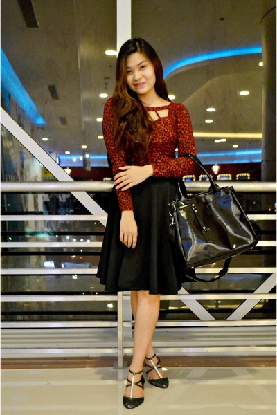 A Girls Haven flats - black Style stunner Manila skirt