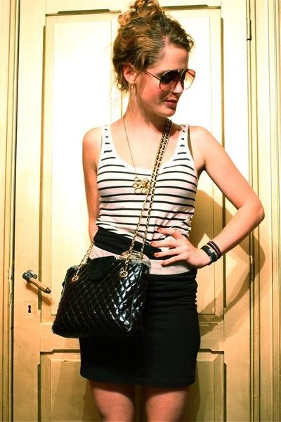 H&M vest - vintage belt - vintage purse - H&M skirt - vintage glasses