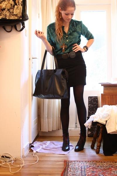 vintage top - gift necklace - H&M skirt - vintage purse - vintage boots