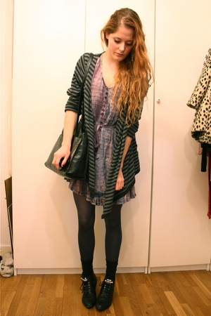 purple vintage dress - gray second-hand sweater - black vintage boots - vintage