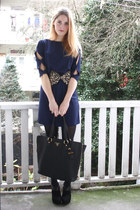 brown bow Monki belt - navy bow sleeve 2dayslook dress - black zipper Prada bag
