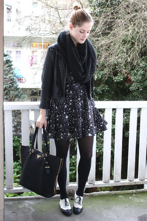 black star printed asos dress - white brogues H&amp;M shoes