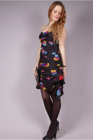 black vintage dress - black second-hand shoes
