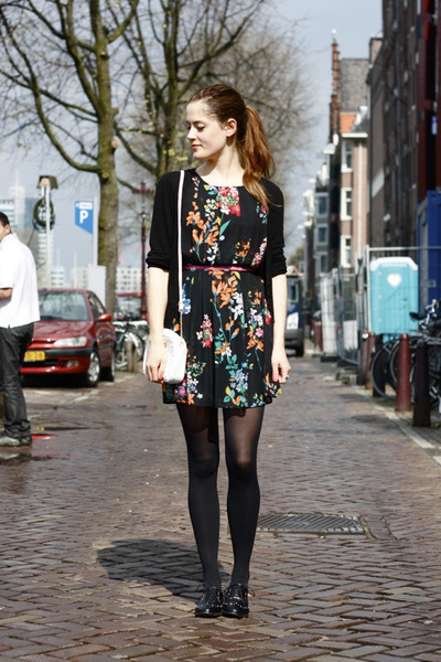 black floral Primark dress - ivory chained Dorothy Perkins bag