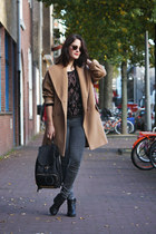 camel Ashley Brooke coat - black ankle vagabond boots