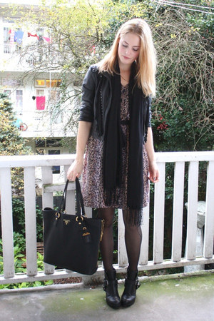 light brown leopard vintage dress - black buckle Dolce Vita boots