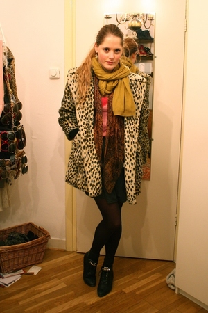 beige Topshop coat - yellow H&amp;M scarf - gray American Apparel skirt - black vint