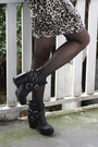 Black-buckled-dolce-vita-boots-beige-leopard-h-m-dress