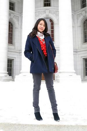 red orange tassel H&M scarf - black black low heel Arizona boots