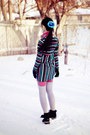 Salmon-solid-urban-outfitters-tights-black-mens-fila-boots-black-vogue-dress