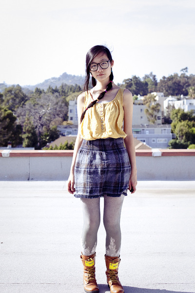 silver bra-top Uniqlo top - yellow sleeveless Forever 21 top