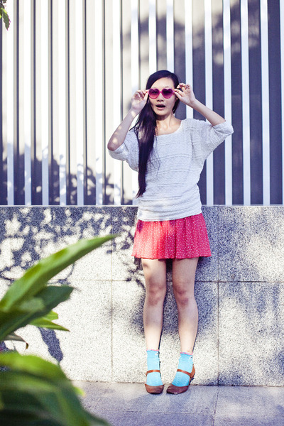 hot pink heart-shaped online sunglasses - pink dotted prints Zara skirt