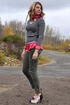 off white Zellers and DIY pumps - olive green elle pants