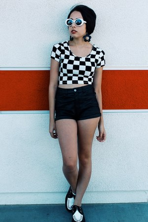 checkered top Forever 21 top - creepers TUK shoes - pleather shorts H&M shorts