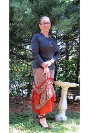 orange Tenax skirt - gray H&M shirt - brown crown vintage shoes