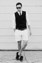 white H&M shirt - black Royal Elastics shoes - white H&M shorts - black H&M tie